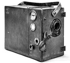 Pathe Freres 28mm cine camera c1912